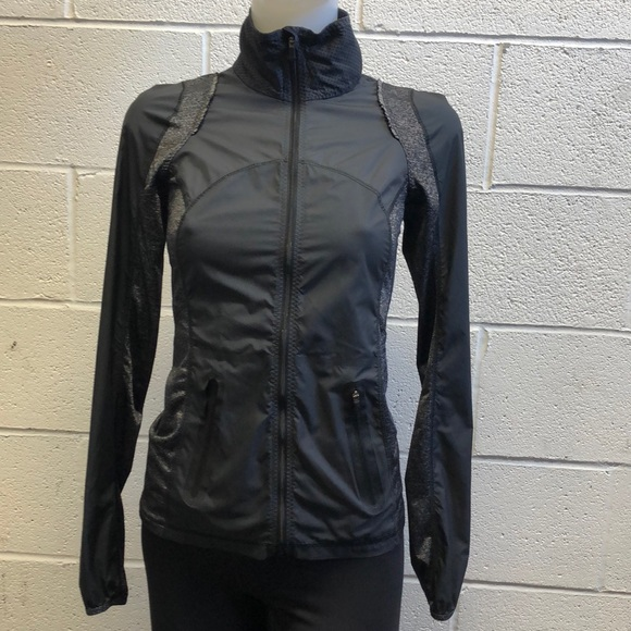 lululemon athletica Jackets & Blazers - Lululemon black jacket, sz 2, 61785